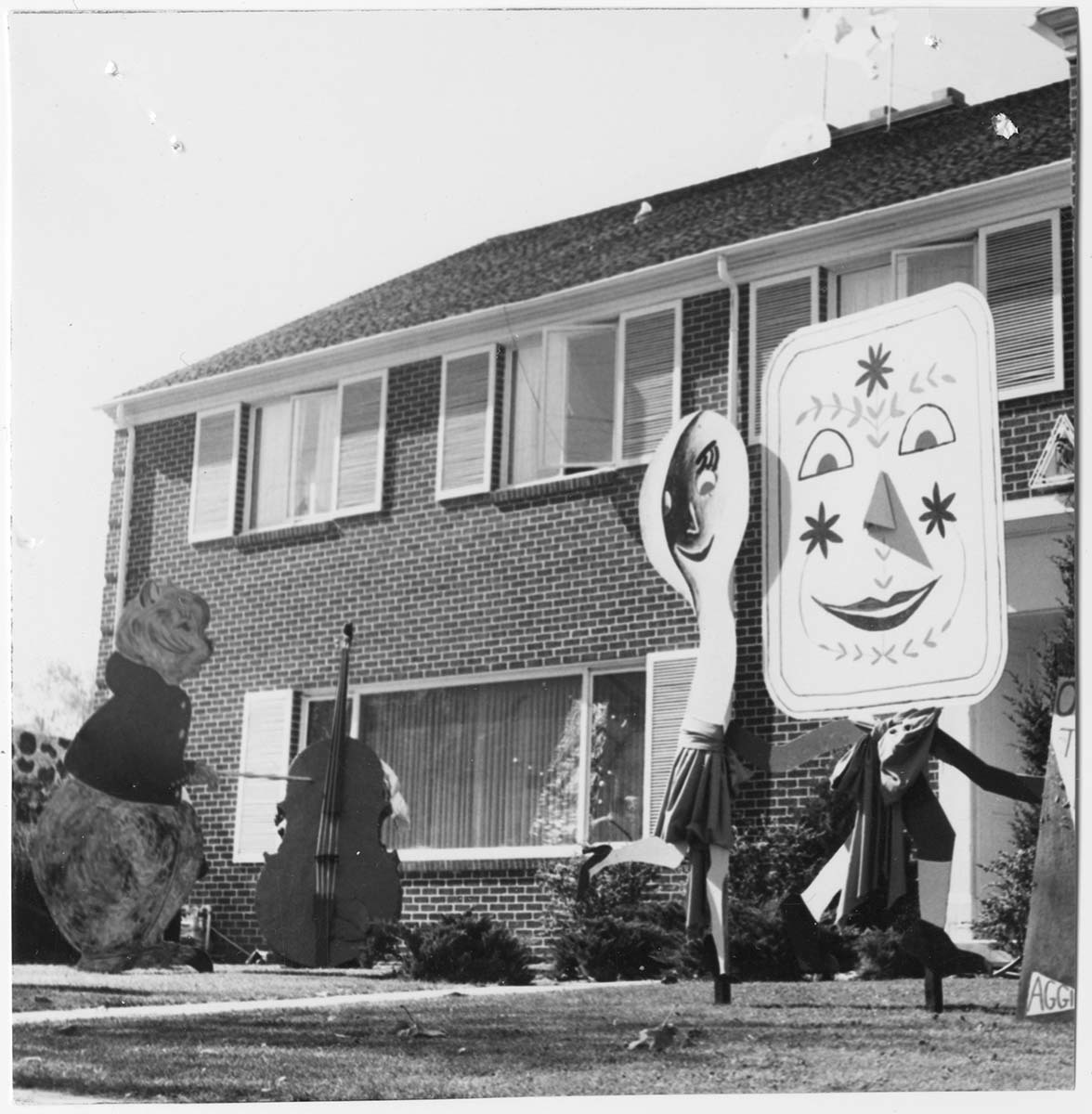 Fraternity house decorations: The Cow Jumped Over the Moon, 1958