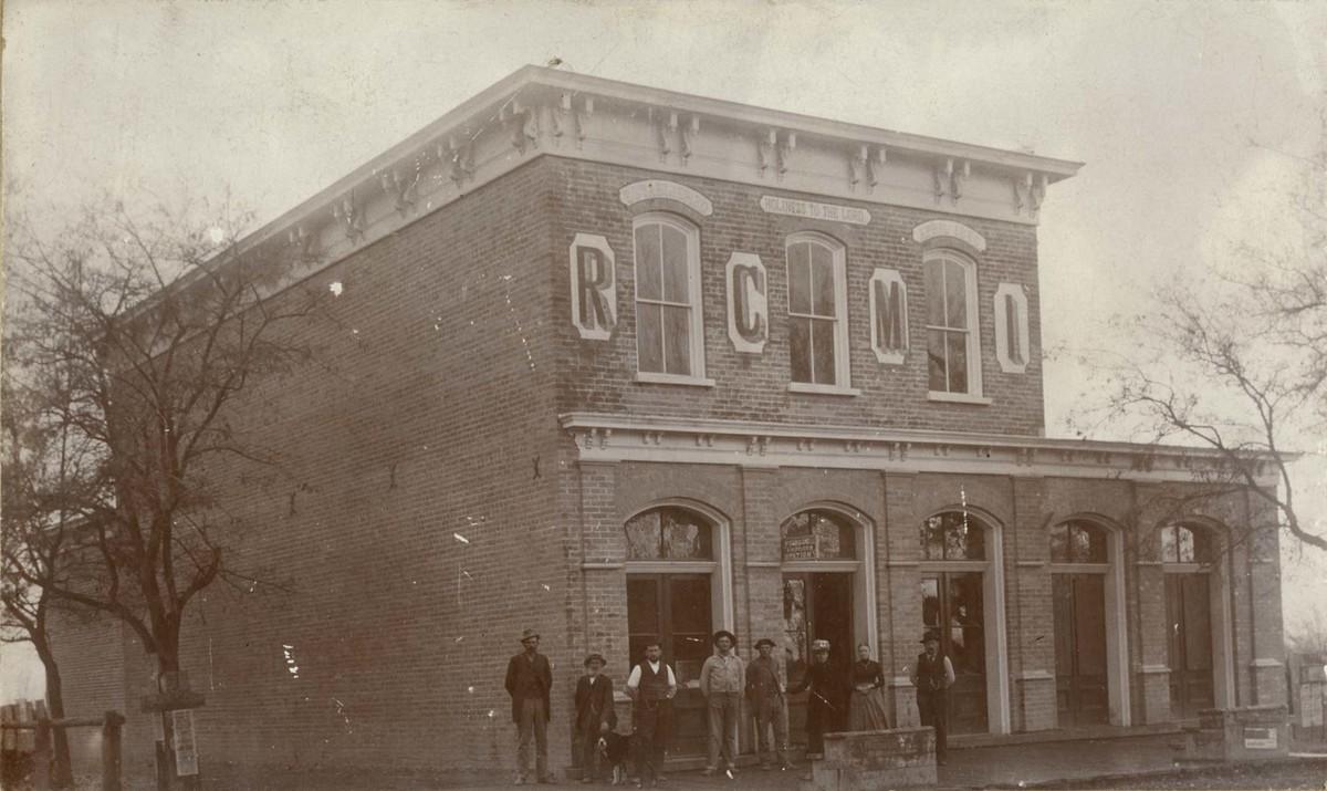 Richmond Cooperative Mercantile Institution;