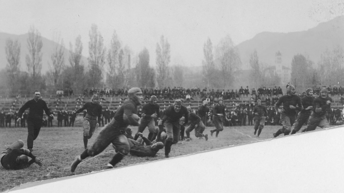 Football game between the UAC Aggies and Colorado, 1918<br />
