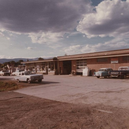 """Farmers Co-op Service"" Moroni, Utah;"