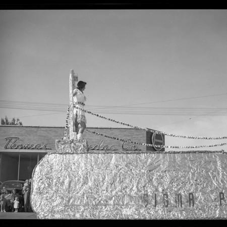 Sigma Pi homecoming float, 1950