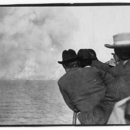 """""""Showing Frisco in distance and smoke, crowd on ferry boat."""""""