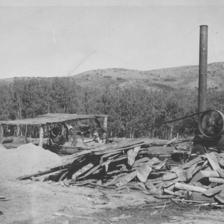 Portable sawmill between Dry and First Creeks ca. 1900