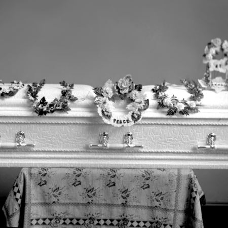 Emma Anderson, casket