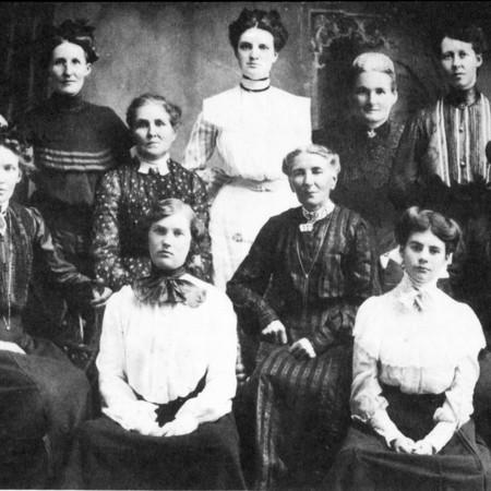 Mendon Women <br />