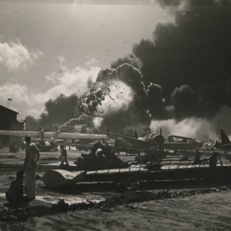Bushnell_WWII_003.jpg