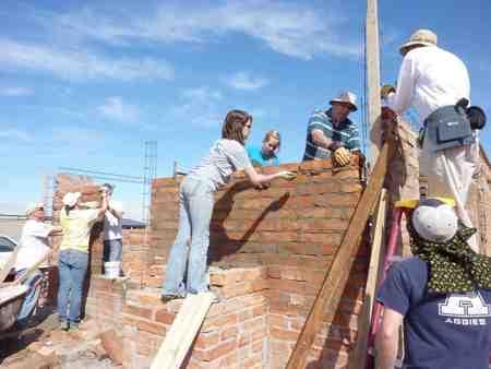 Building a Home in Agua Prieta, Mexico, 2017