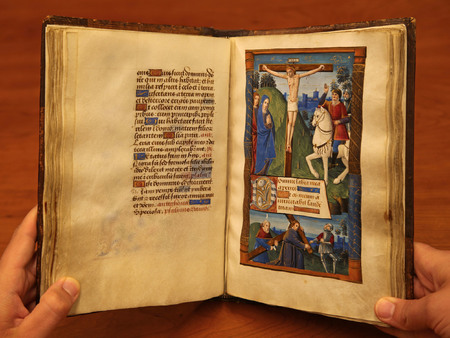 Pages 104 and 105, with image of the Crucifixion