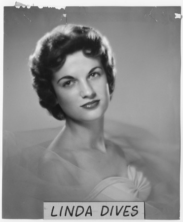 Linda Dives, homecoming queen contestant, 1959