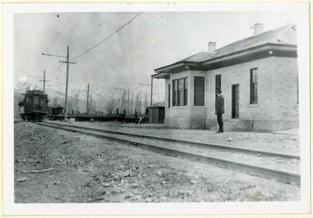The First O.L.I Train to Enter Lewiston, Utah, 1915<br />