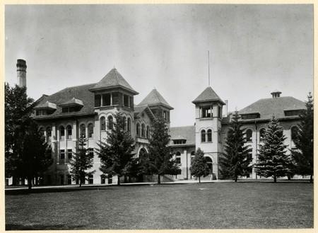 Brigham Young College. Logan, Utah