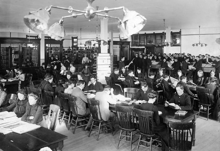 Students in the reading room, Merrill Library, 1903