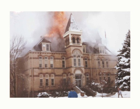 Old Main Graphic 4