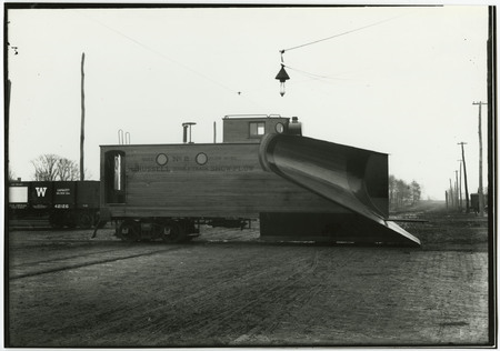 U.I.C. Russell Double Track Snow Plow Train Engine<br />